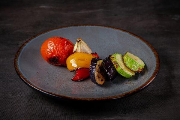 Запечені овочі (помідори, перець, цибуля, баклажан, кабачок)