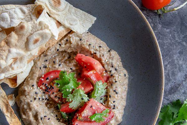 Бабагануш – ніжна закуска з баклажанів