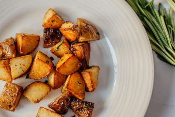 Картопля запечена з тосканськими травами