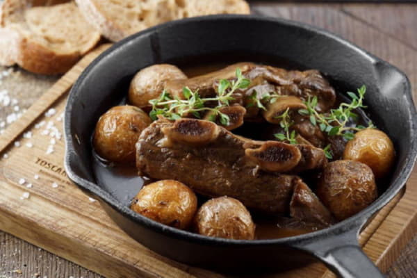 Телячі реберця з печеною картоплею та овочами гриль (Страва від Шефа)