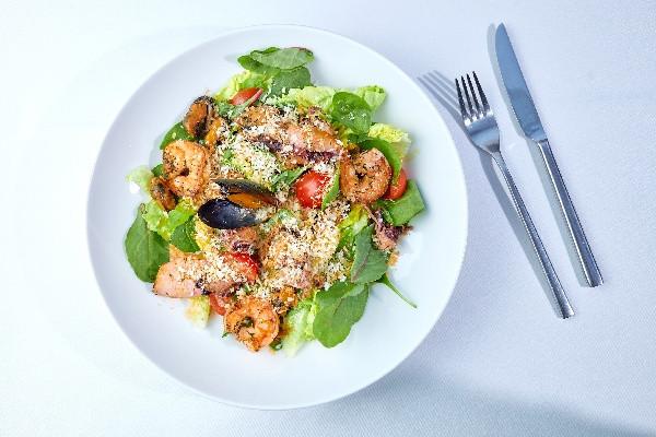 Салат з морепродуктами