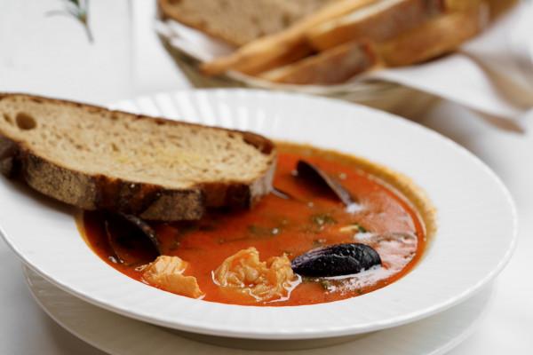 Рибний суп по-тосканськи