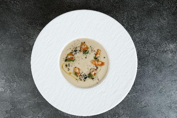 Суп пюре з фенхелем, селерою та креветками
