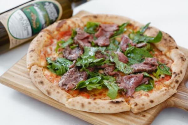 Піца з ростбіфом