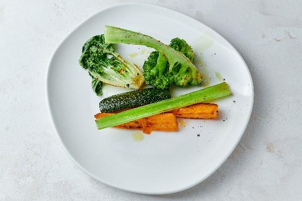 Запечені овочі (батат, цукіні, броколі,капуста пак-чой)