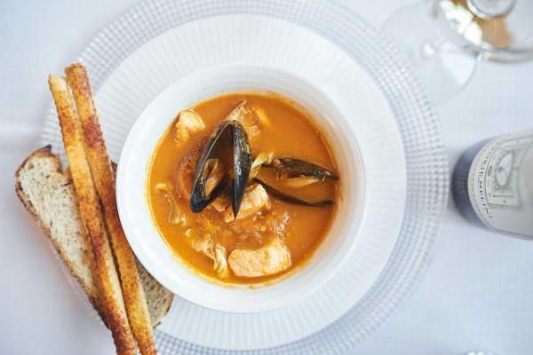 Суп томатний з морепродуктами