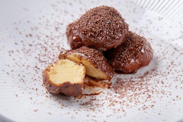 Тосканські профітролі бонго