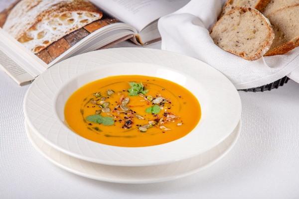 Гарбузовий крем-суп з беконом